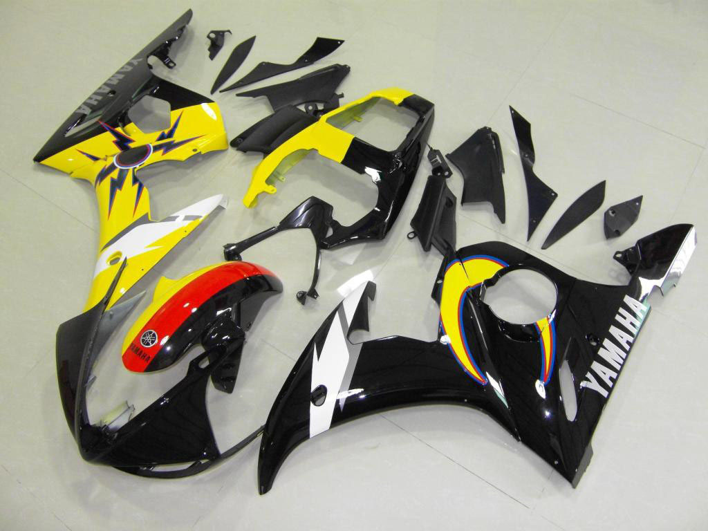 Lower sportbike Yamaha YZF-R6 fairing